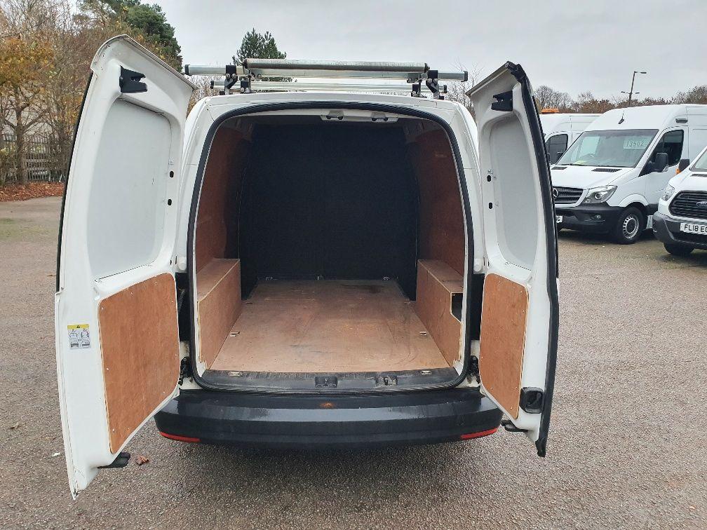 2017 Volkswagen Caddy Maxi 2.0 Tdi Bluemotion Tech 102Ps Startline Van (GL17NPZ) Image 11