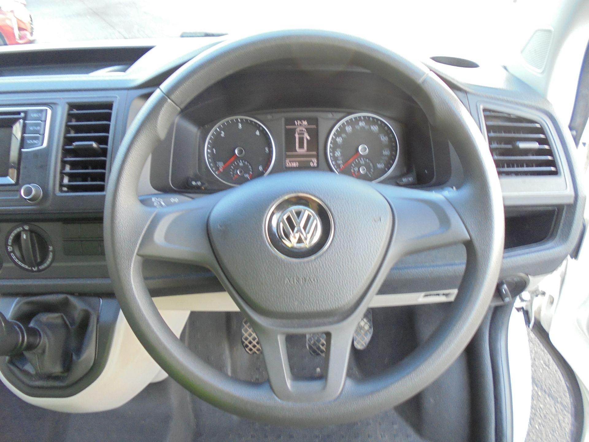 2018 Volkswagen Transporter 2.0 Tdi Bmt 102 Startline Van Euro 6 (GL18ZTP) Image 11