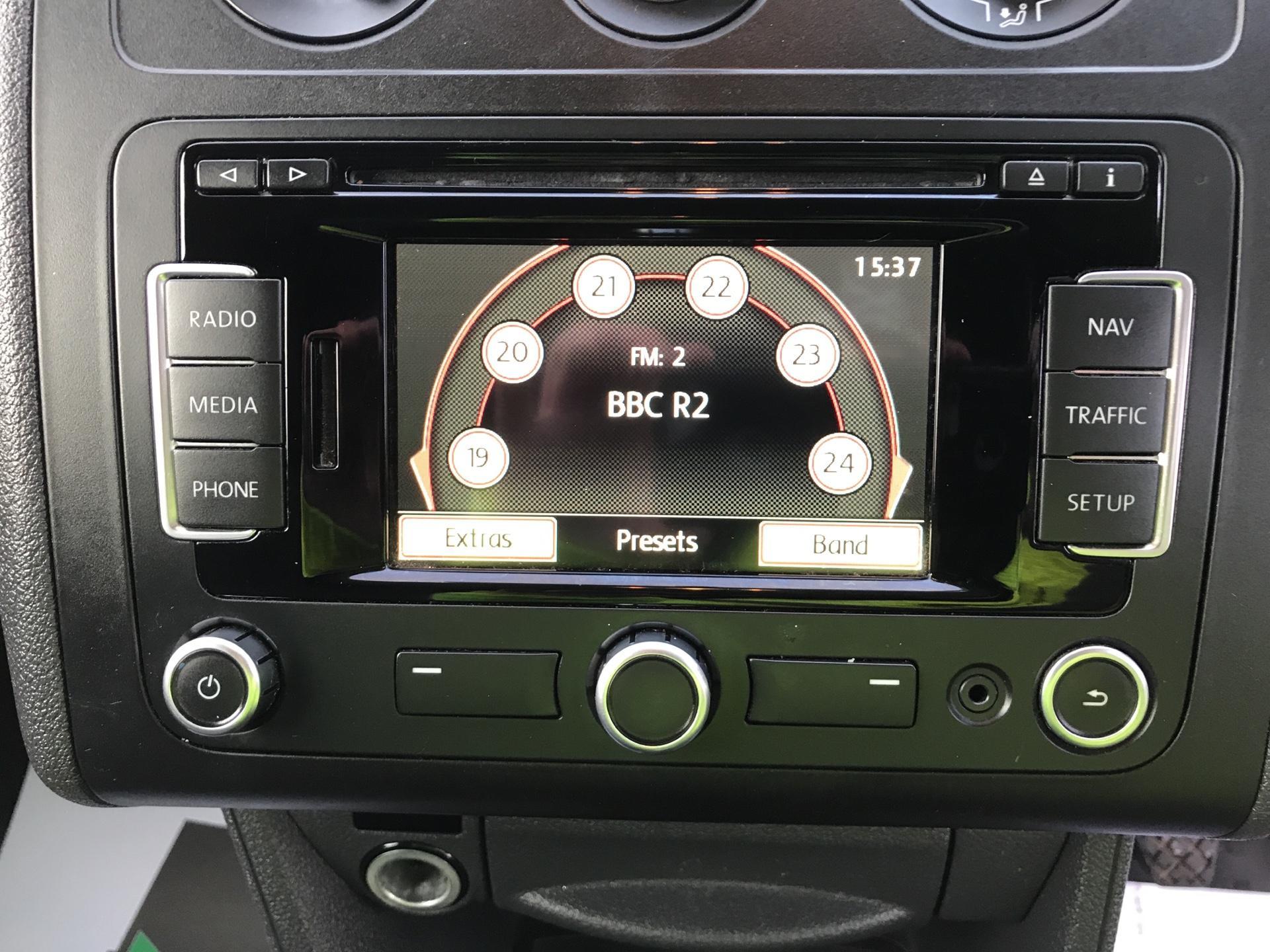 2015 Volkswagen Caddy  1.6 102PS STARTLINE EURO 5 (GL64YJP) Image 10
