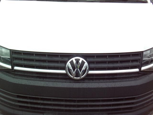 2016 Volkswagen Transporter T28 SWB DIESEL 2.0 TDI BMT 102 STARTLINE EURO 6 (GL66PZO) Image 20