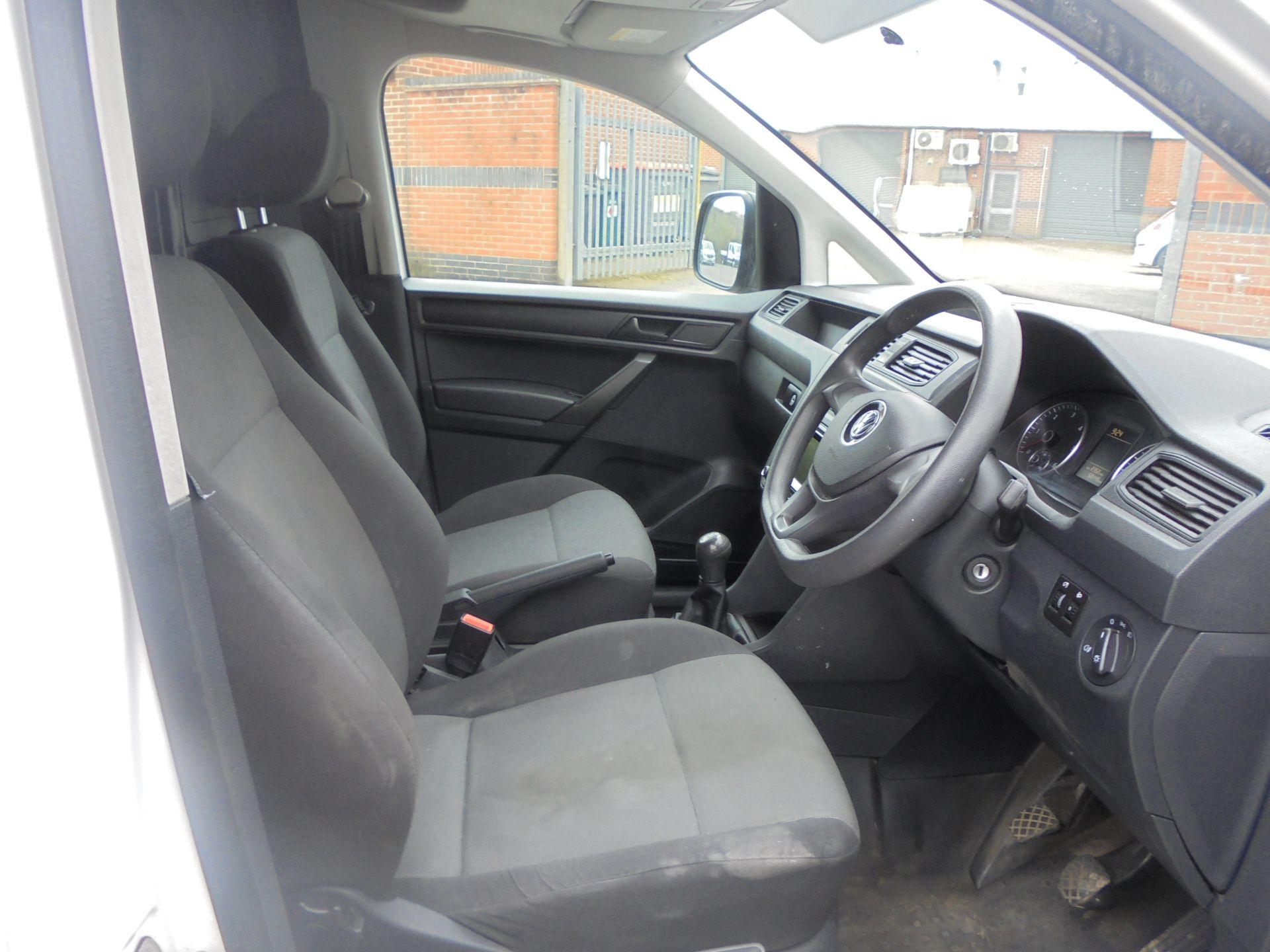 2016 Volkswagen Caddy Maxi 2.0 Tdi Bluemotion Tech 102Ps Startline Van (GL66ZDU) Image 14