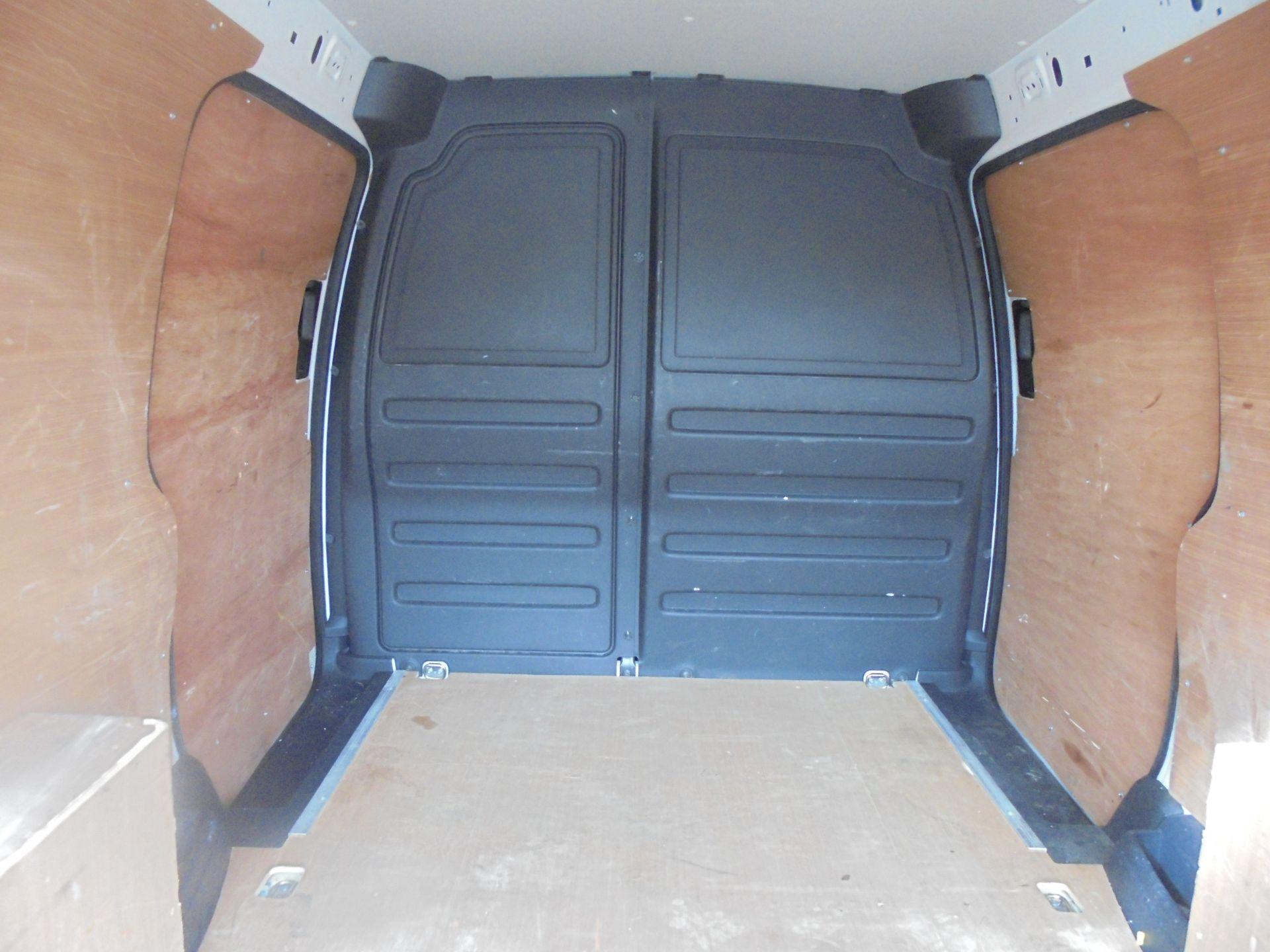 2016 Volkswagen Caddy Maxi 2.0 Tdi Bluemotion Tech 102Ps Startline Van (GL66ZDU) Image 10
