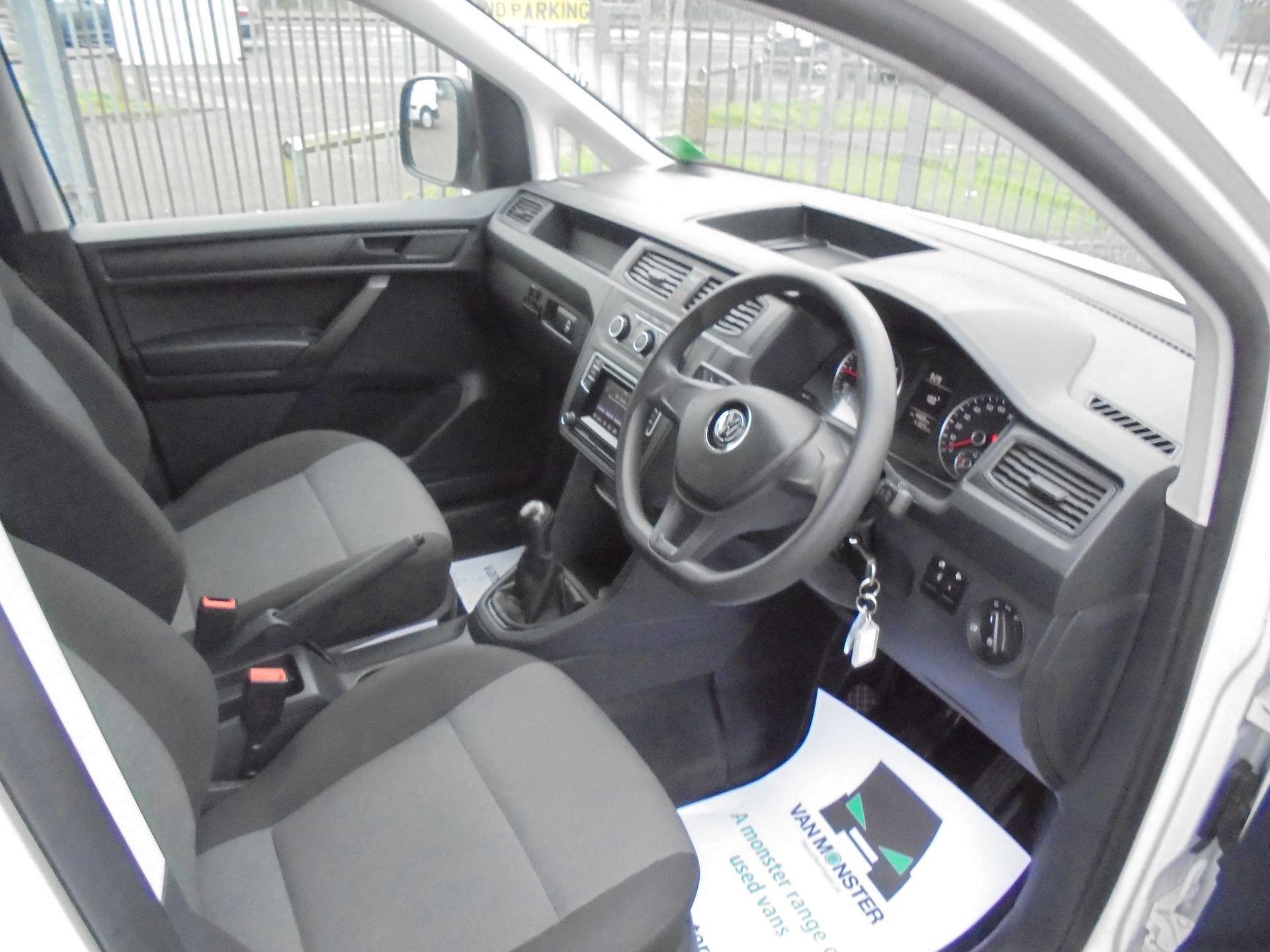 2016 Volkswagen Caddy 2.0 102PS BLUEMOTION TECH 102 STARTLINE EURO 6 (GL66ZDZ) Image 12