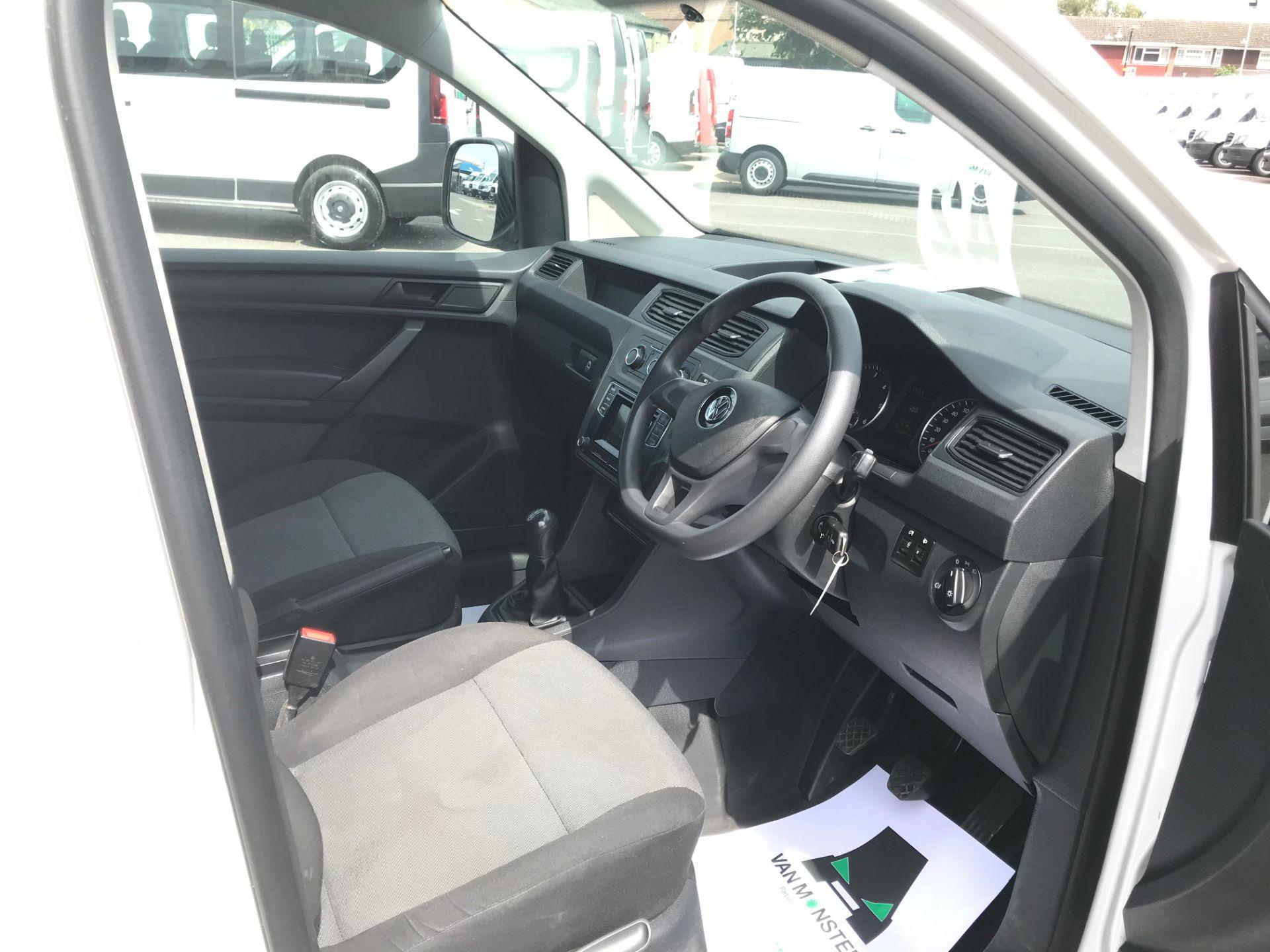 2016 Volkswagen Caddy 2.0 Tdi Bluemotion Tech 102Ps Startline Van Euro 6 (GL66ZFA) Image 20