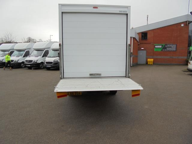 2016 Volkswagen Crafter 2.0 Tdi 136Ps LUTON WITH TAIL LIFT (GL66ZGA) Image 16