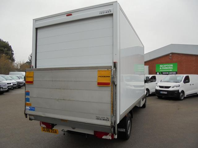 2016 Volkswagen Crafter 2.0 Tdi 136Ps LUTON WITH TAIL LIFT (GL66ZGA) Image 14