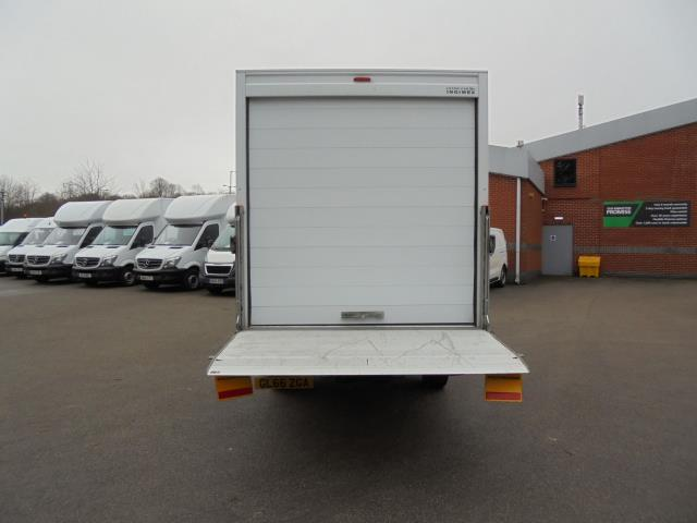 2016 Volkswagen Crafter 2.0 Tdi 136Ps LUTON WITH TAIL LIFT (GL66ZGA) Image 17