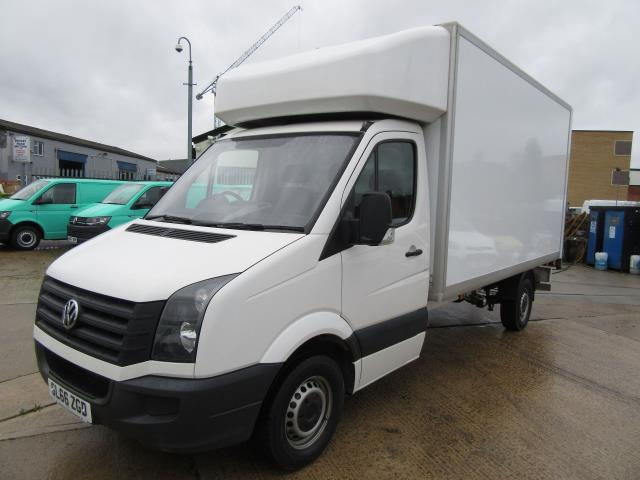 2016 Volkswagen Crafter  CR35 LWB DIESEL 2.0 TDI 136PS LUTON T/L  EURO 5 (GL66ZGD) Image 3