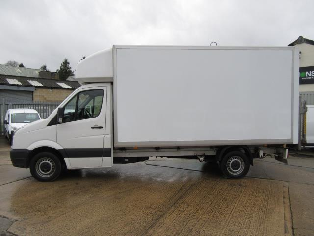 2016 Volkswagen Crafter  CR35 LWB DIESEL 2.0 TDI 136PS LUTON T/L  EURO 5 (GL66ZGD) Image 2