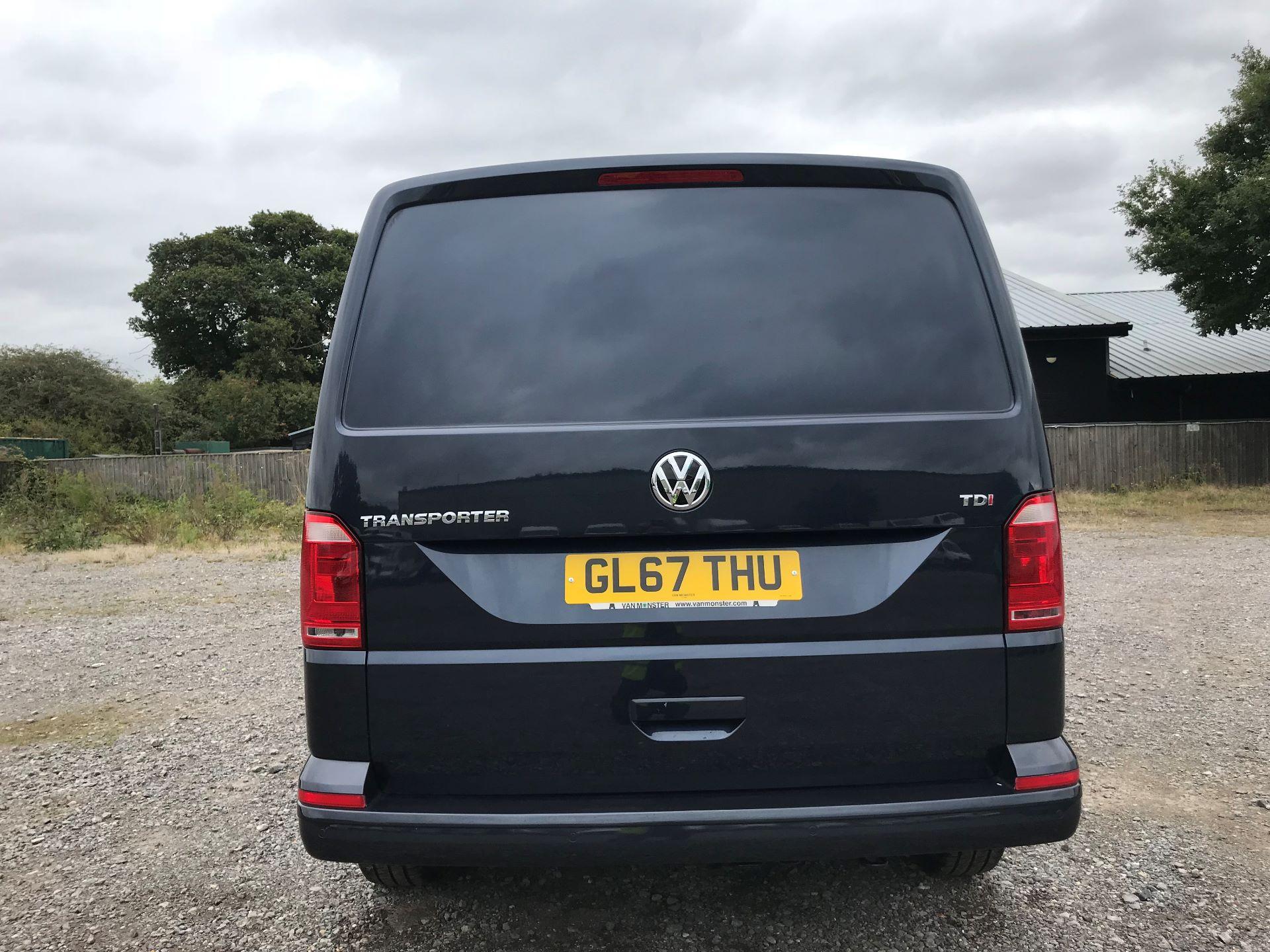 2018 Volkswagen Transporter  T28 SWB DIESEL 2.0 TDI BMT 150 HIGHLINE VAN EURO 6  (GL67THU) Image 5
