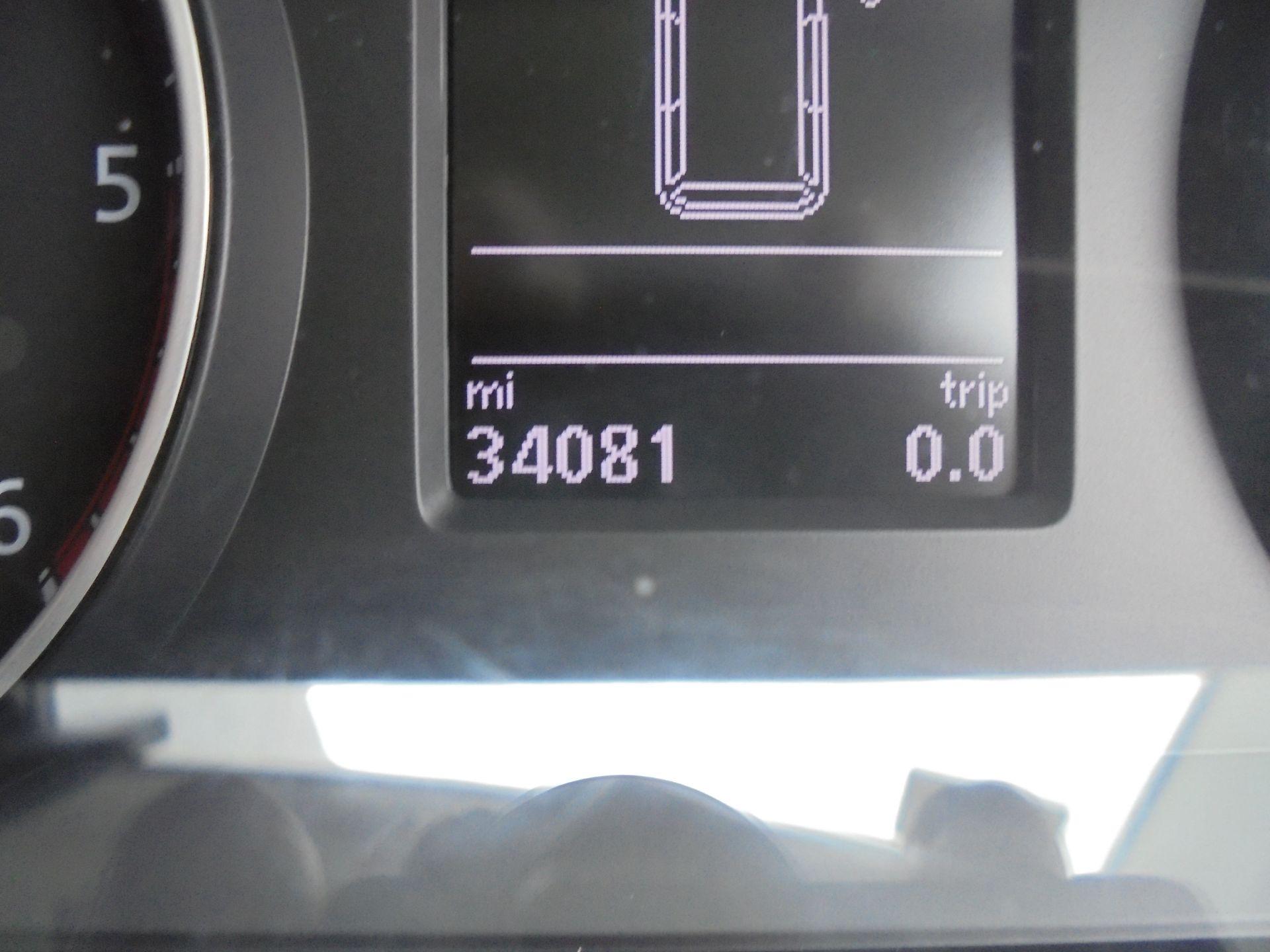2017 Volkswagen Transporter 2.0 Tdi Bmt 102 Highline Van Euro 6 silver metallic (GL67TVF) Image 10