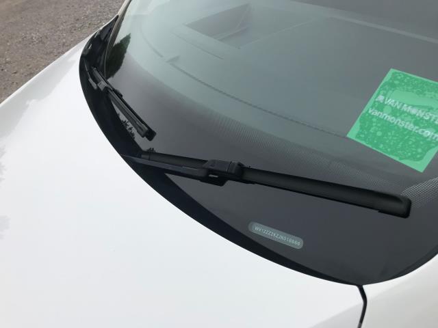2017 Volkswagen Caddy  2.0 102PS BLUEMOTION TECH 102 STARTLINE EURO 6 (GL67TWP) Image 35