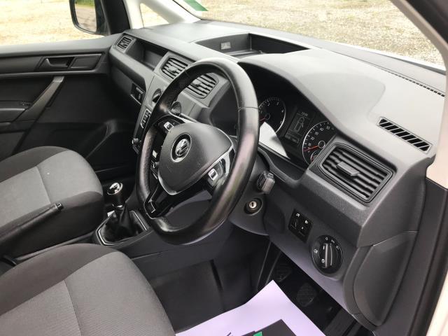 2017 Volkswagen Caddy  2.0 102PS BLUEMOTION TECH 102 STARTLINE EURO 6 (GL67TXB) Image 32