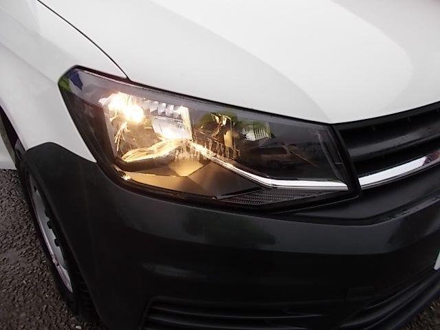 2017 Volkswagen Caddy  2.0 102PS BLUEMOTION TECH 102 STARTLINE EURO 6 (GL67TXO) Image 21