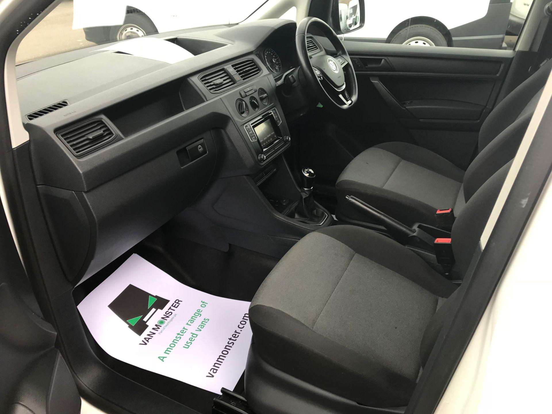2017 Volkswagen Caddy  2.0 102PS BLUEMOTION TECH 102 STARTLINE EURO 6 (GL67TYD) Image 11