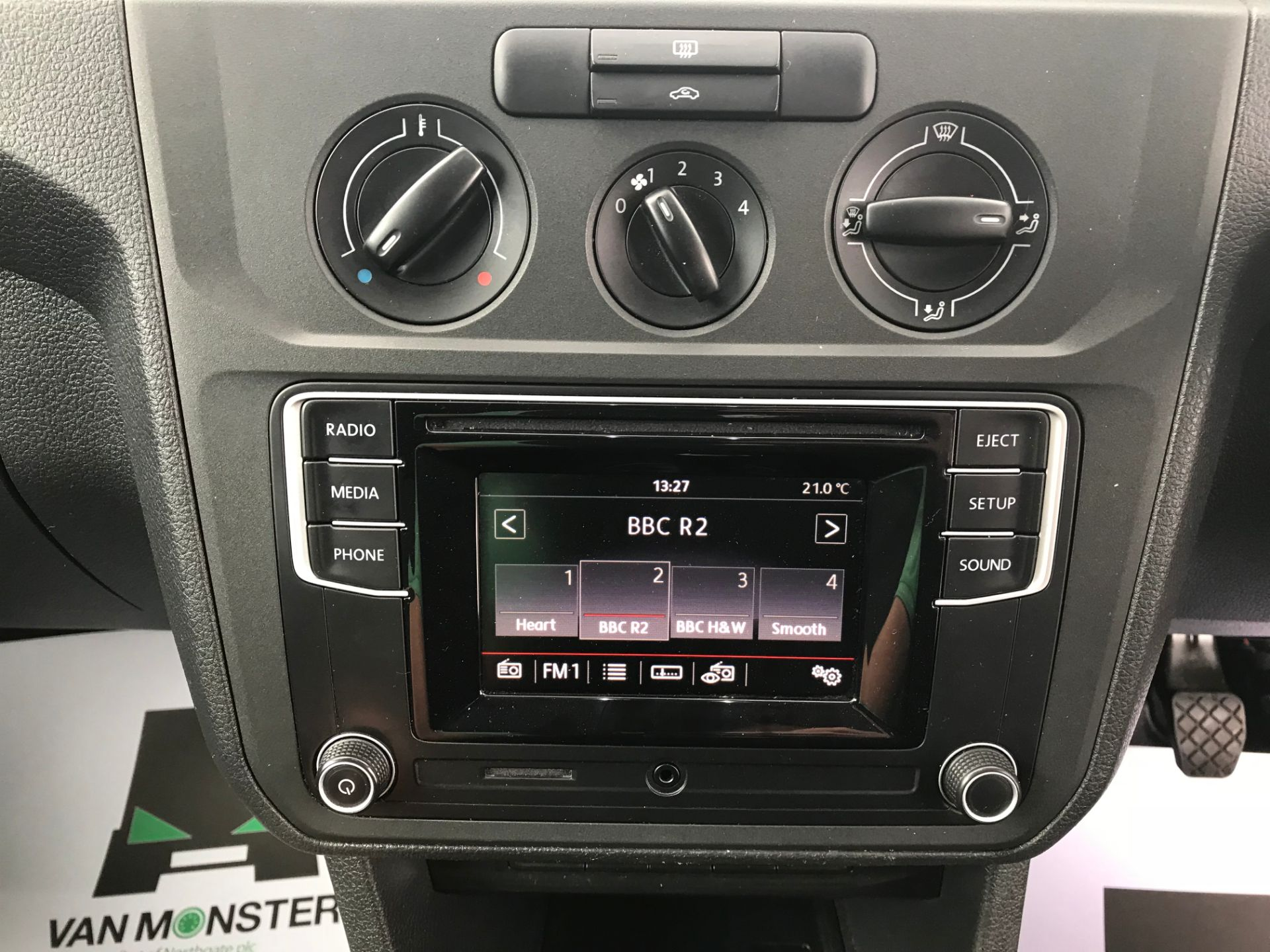 2017 Volkswagen Caddy  2.0 102PS BLUEMOTION TECH 102 STARTLINE EURO 6 (GL67TYD) Image 22