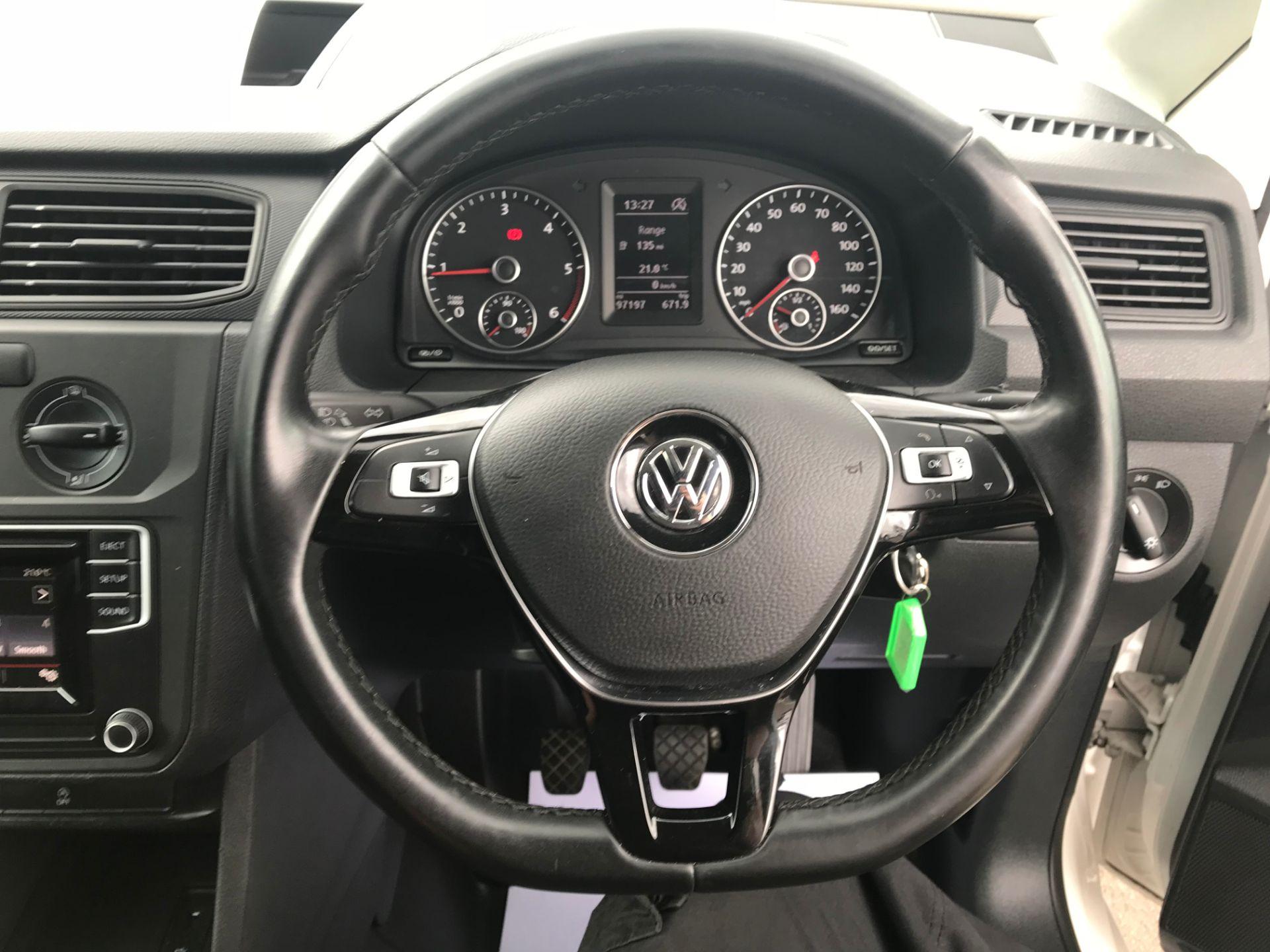 2017 Volkswagen Caddy  2.0 102PS BLUEMOTION TECH 102 STARTLINE EURO 6 (GL67TYD) Image 20