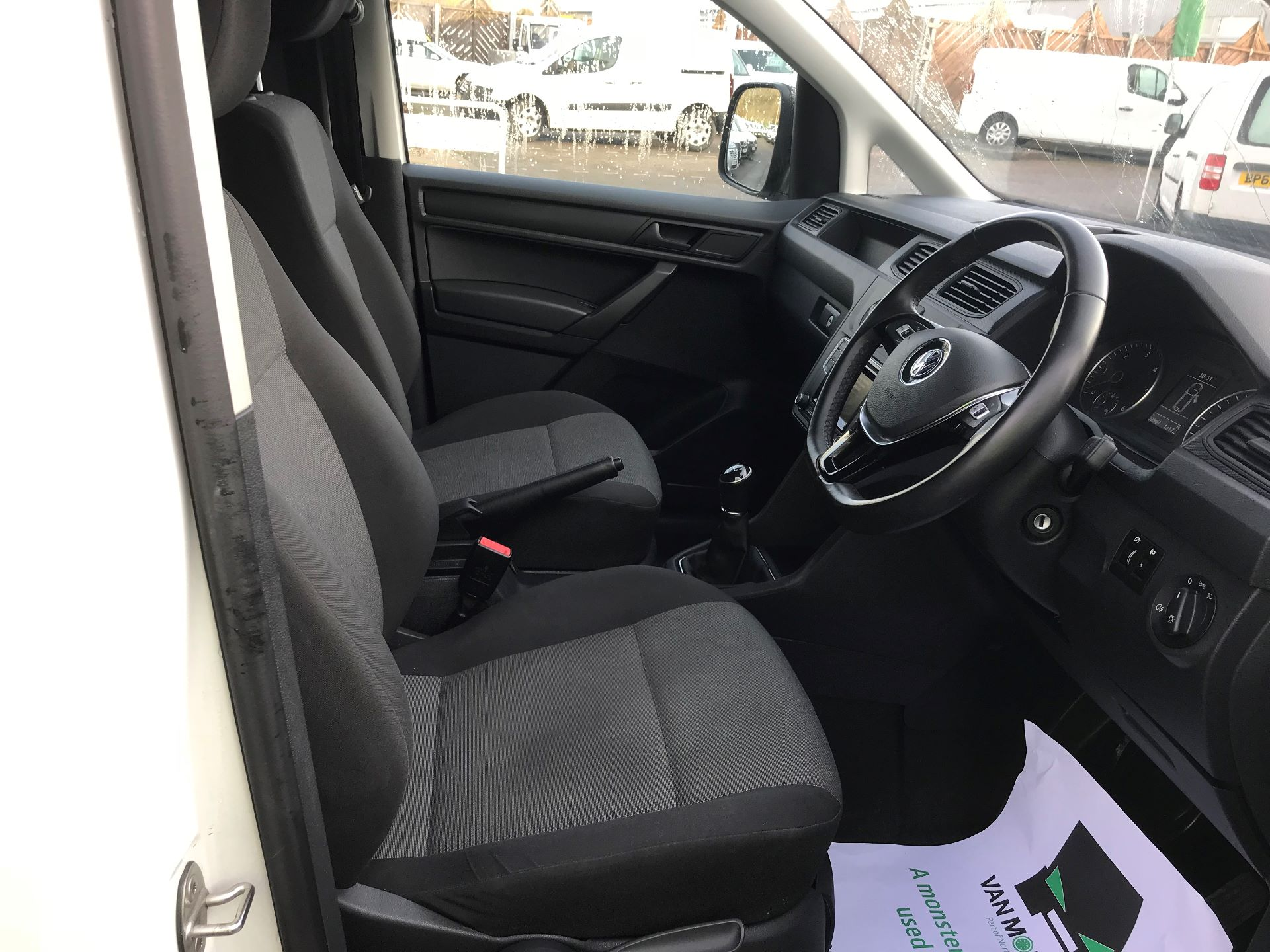 2018 Volkswagen Caddy  2.0 102PS BLUEMOTION TECH 102 STARTLINE EURO 6 (GL67WNA) Image 18