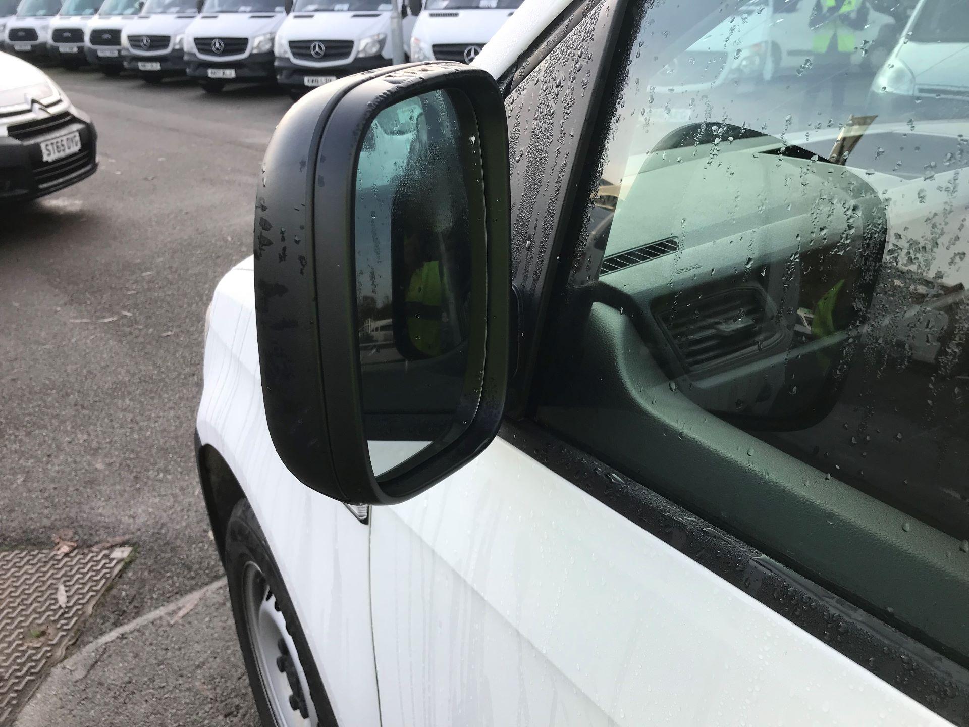2018 Volkswagen Caddy  2.0 102PS BLUEMOTION TECH 102 STARTLINE EURO 6 (GL67WNA) Image 11