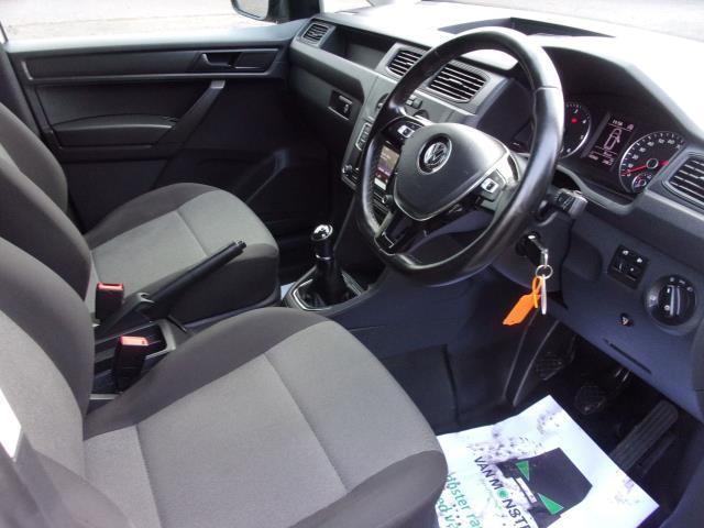 2017 Volkswagen Caddy C20 2.0 TDI 102PS BMT STARTLINE VAN EURO 6 (GL67ZYN) Image 2