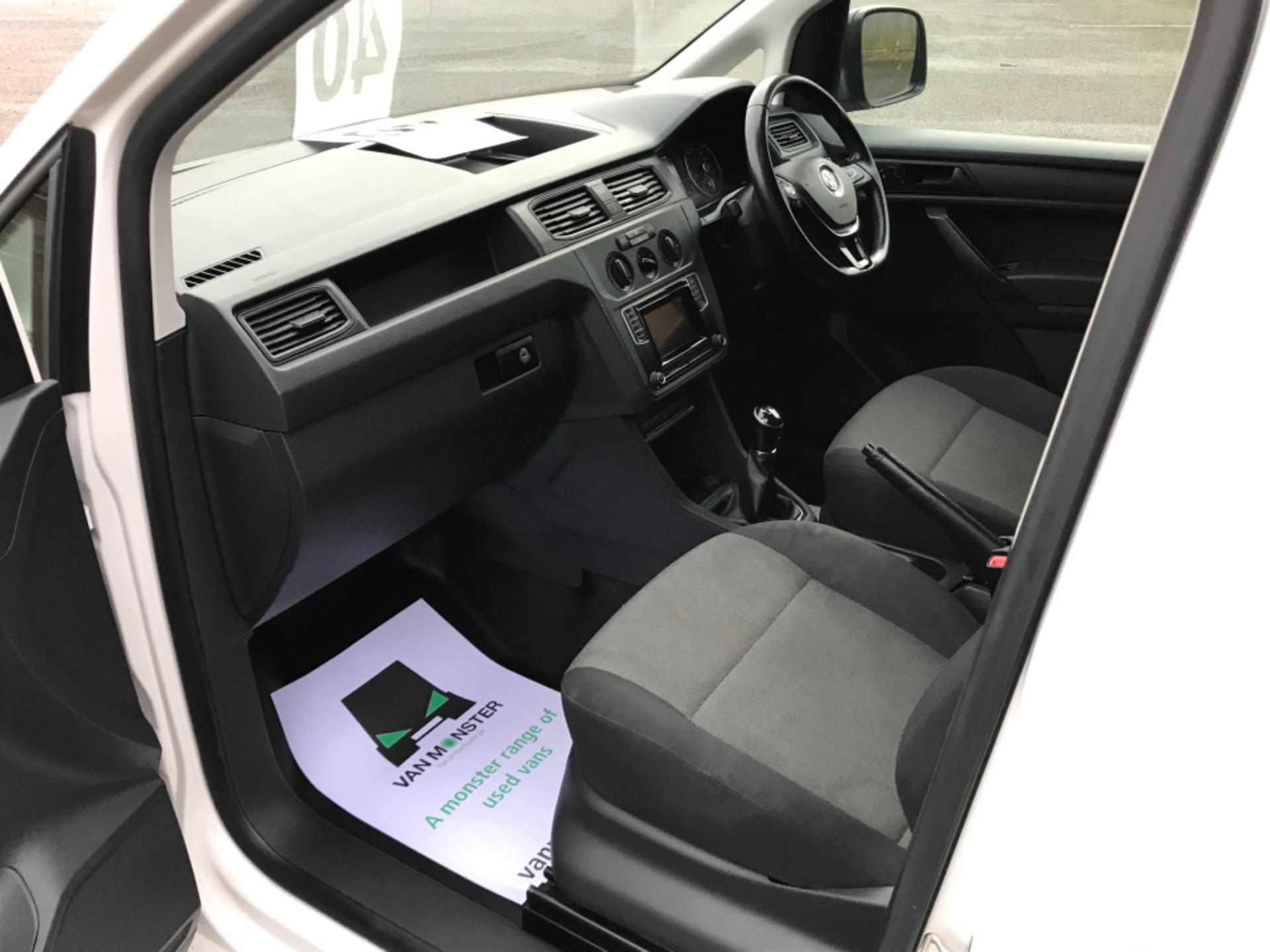 2017 Volkswagen Caddy 2.0 Tdi Bluemotion Tech 102Ps Startline Van EURO 6 (GL67ZZW) Image 25