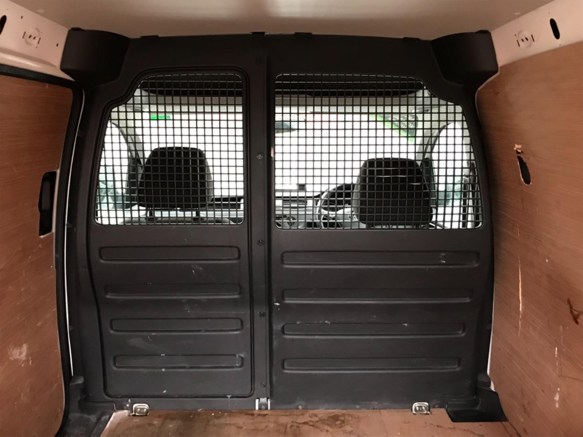 2017 Volkswagen Caddy 2.0 Tdi Bluemotion Tech 102Ps Startline Van EURO 6 (GL67ZZW) Image 33