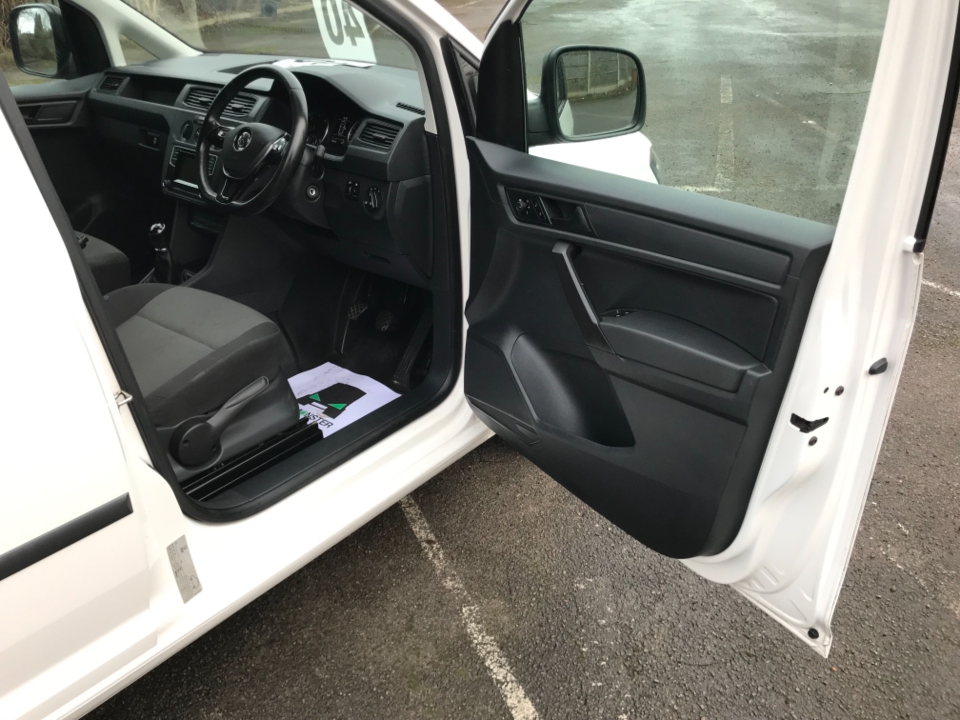 2017 Volkswagen Caddy 2.0 Tdi Bluemotion Tech 102Ps Startline Van EURO 6 (GL67ZZW) Image 11