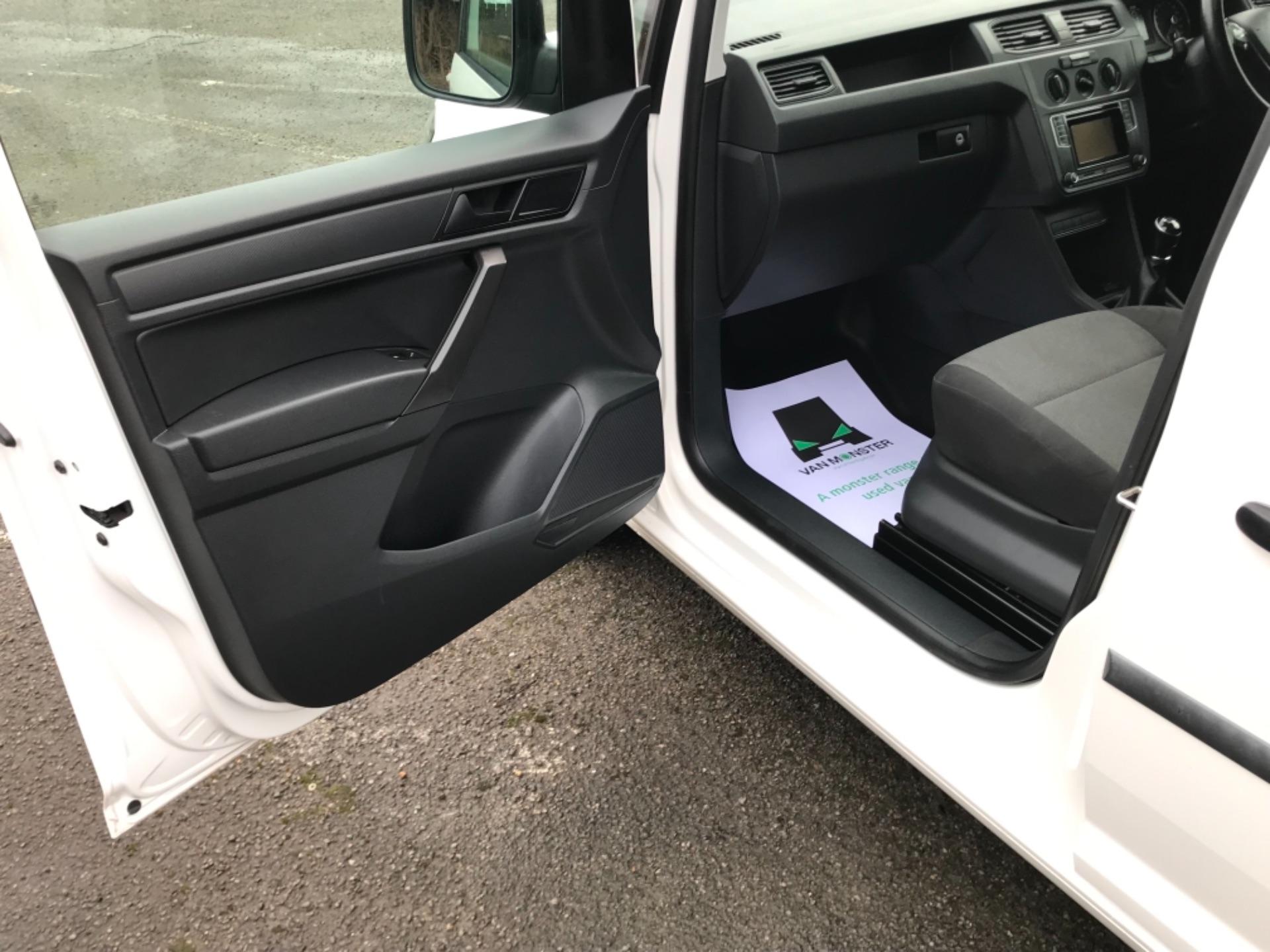 2017 Volkswagen Caddy 2.0 Tdi Bluemotion Tech 102Ps Startline Van EURO 6 (GL67ZZW) Image 27