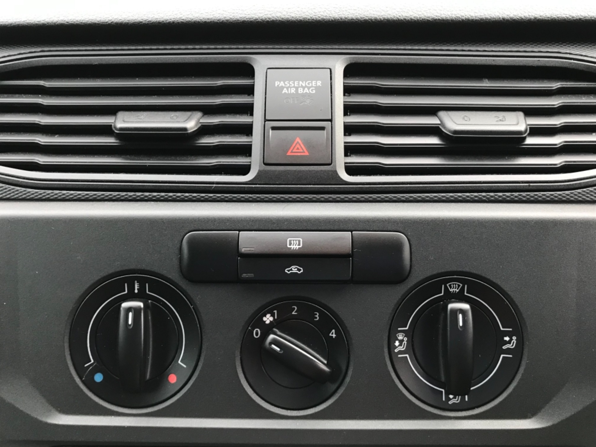 2017 Volkswagen Caddy 2.0 Tdi Bluemotion Tech 102Ps Startline Van EURO 6 (GL67ZZW) Image 21