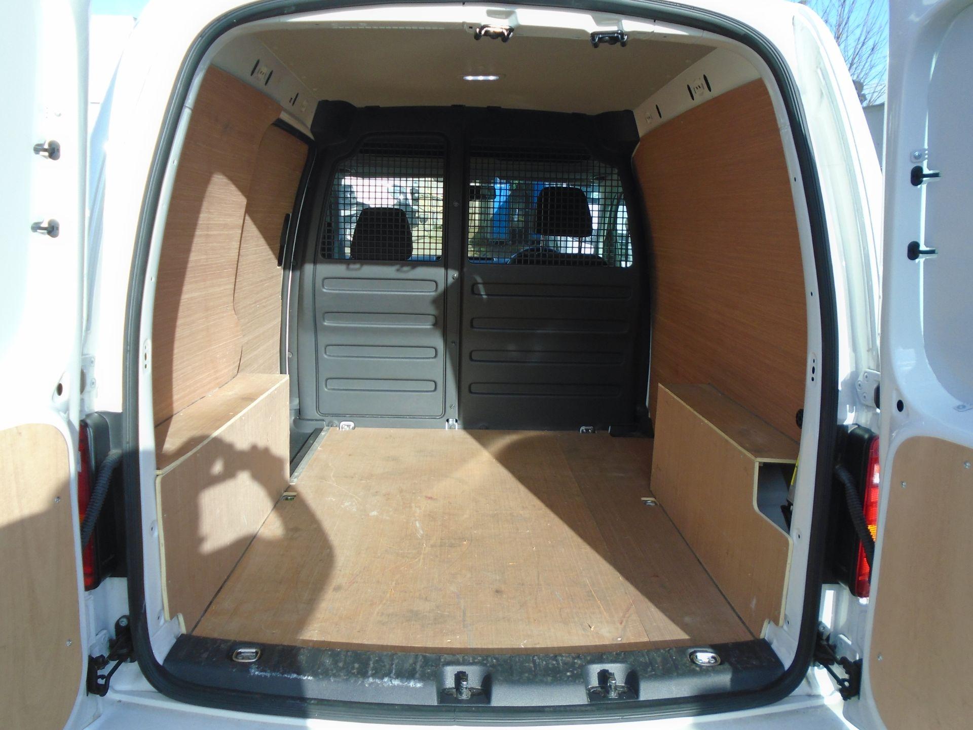 2018 Volkswagen Caddy 2.0 Tdi Bluemotion Tech 102Ps Trendline [Ac] Van (GL68AKF) Image 10
