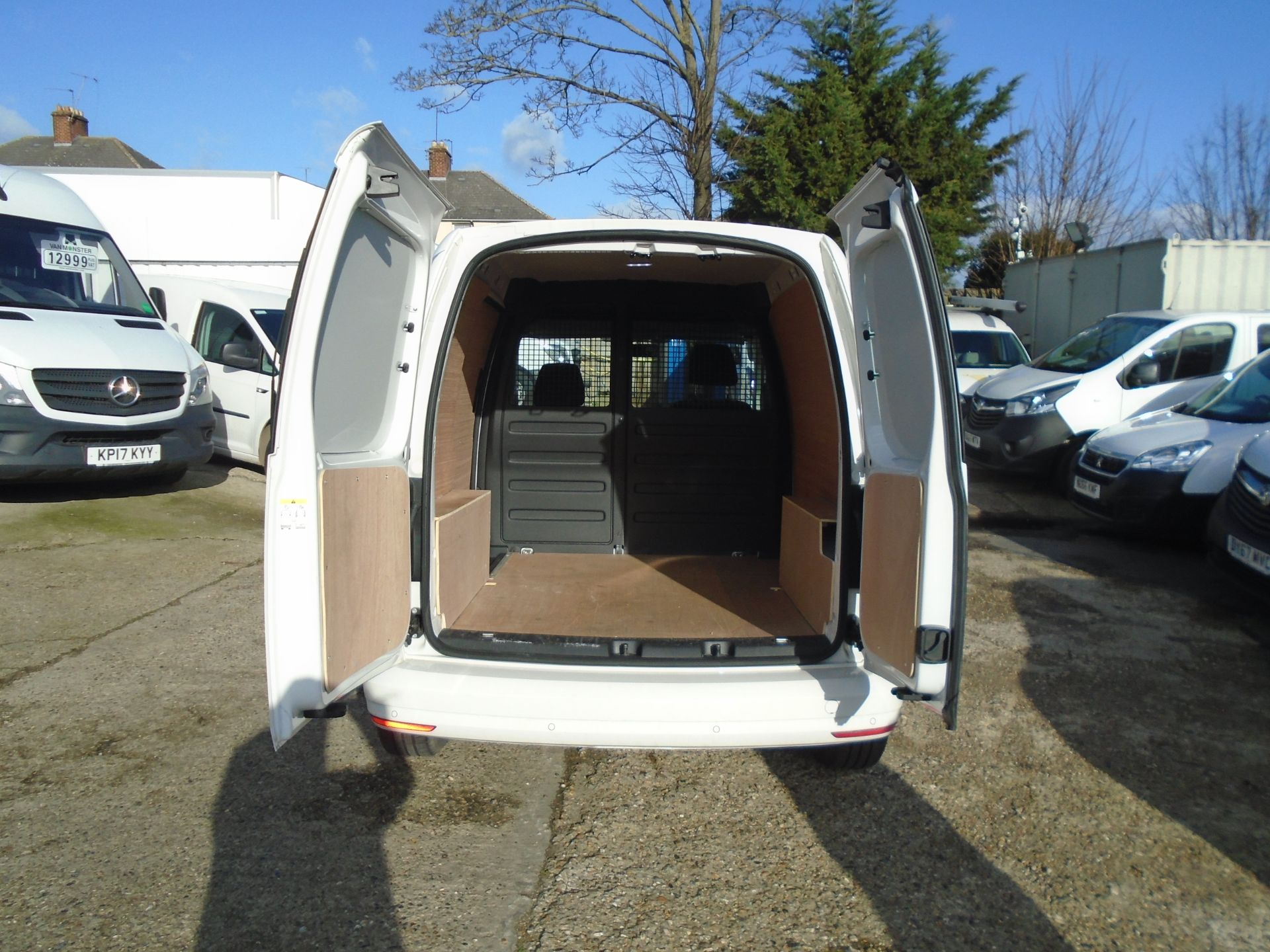 2018 Volkswagen Caddy 2.0 Tdi Bluemotion Tech 102Ps Trendline [Ac] Van (GL68AKF) Image 9