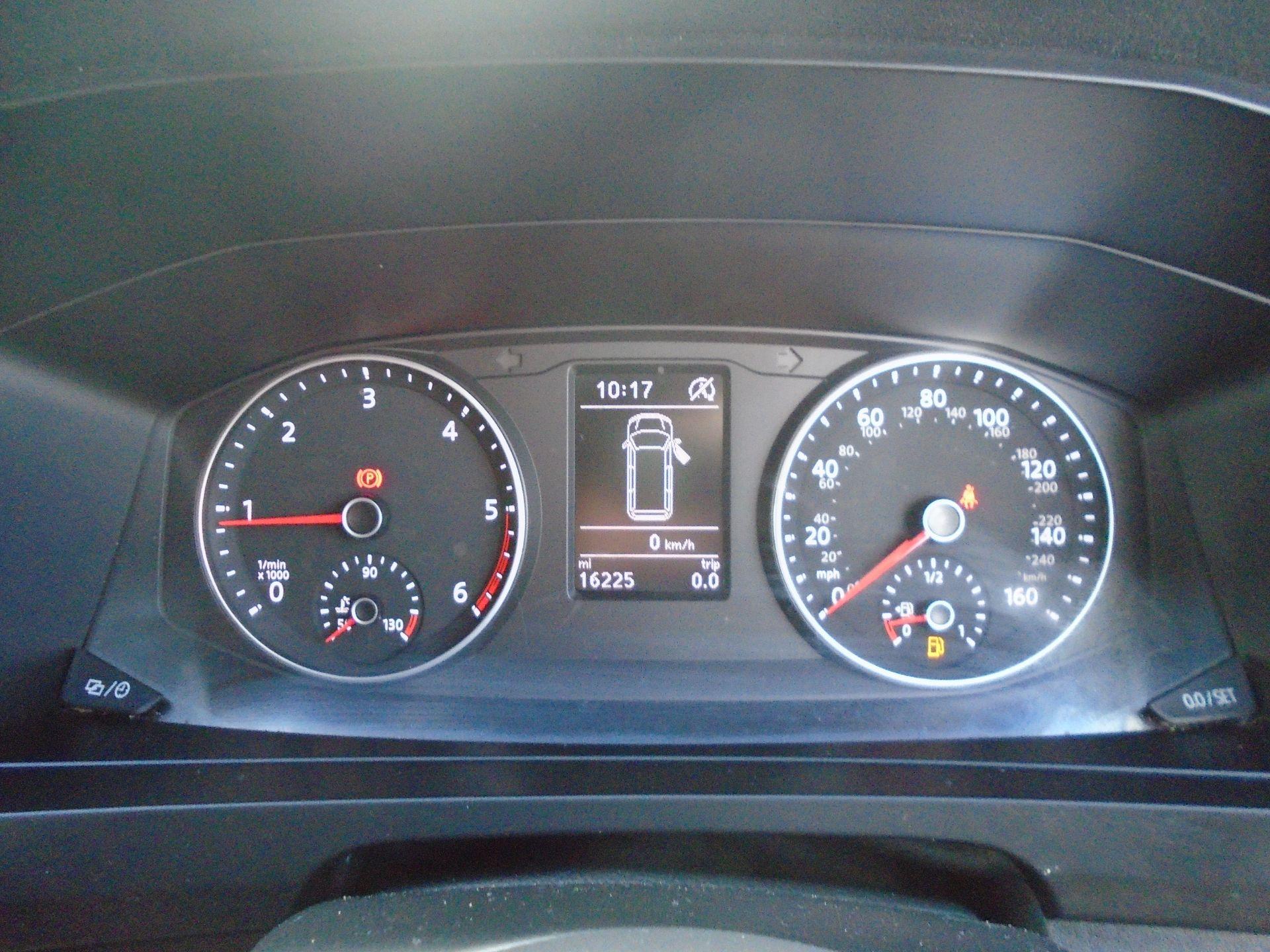 2018 Volkswagen Transporter T28 T6 SWB 2.0TDI BMT 102PS STARTLINE EURO 6 (GL68HDC) Image 19