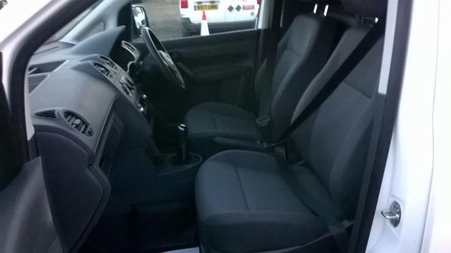 2015 Volkswagen Caddy 1.6 75PS STARTLINE EURO 5 (GM15NVR) Image 9