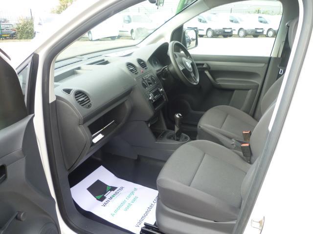 2015 Volkswagen Caddy  L1 H1 1.6 TDi 102PS STARTLINE VAN EURO 5 (GM15ZUC) Image 19