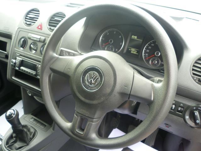 2015 Volkswagen Caddy  L1 H1 1.6 TDi 102PS STARTLINE VAN EURO 5 (GM15ZUC) Image 21