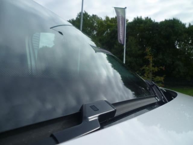 2015 Volkswagen Caddy  L1 H1 1.6 TDi 102PS STARTLINE VAN EURO 5 (GM15ZUC) Image 15