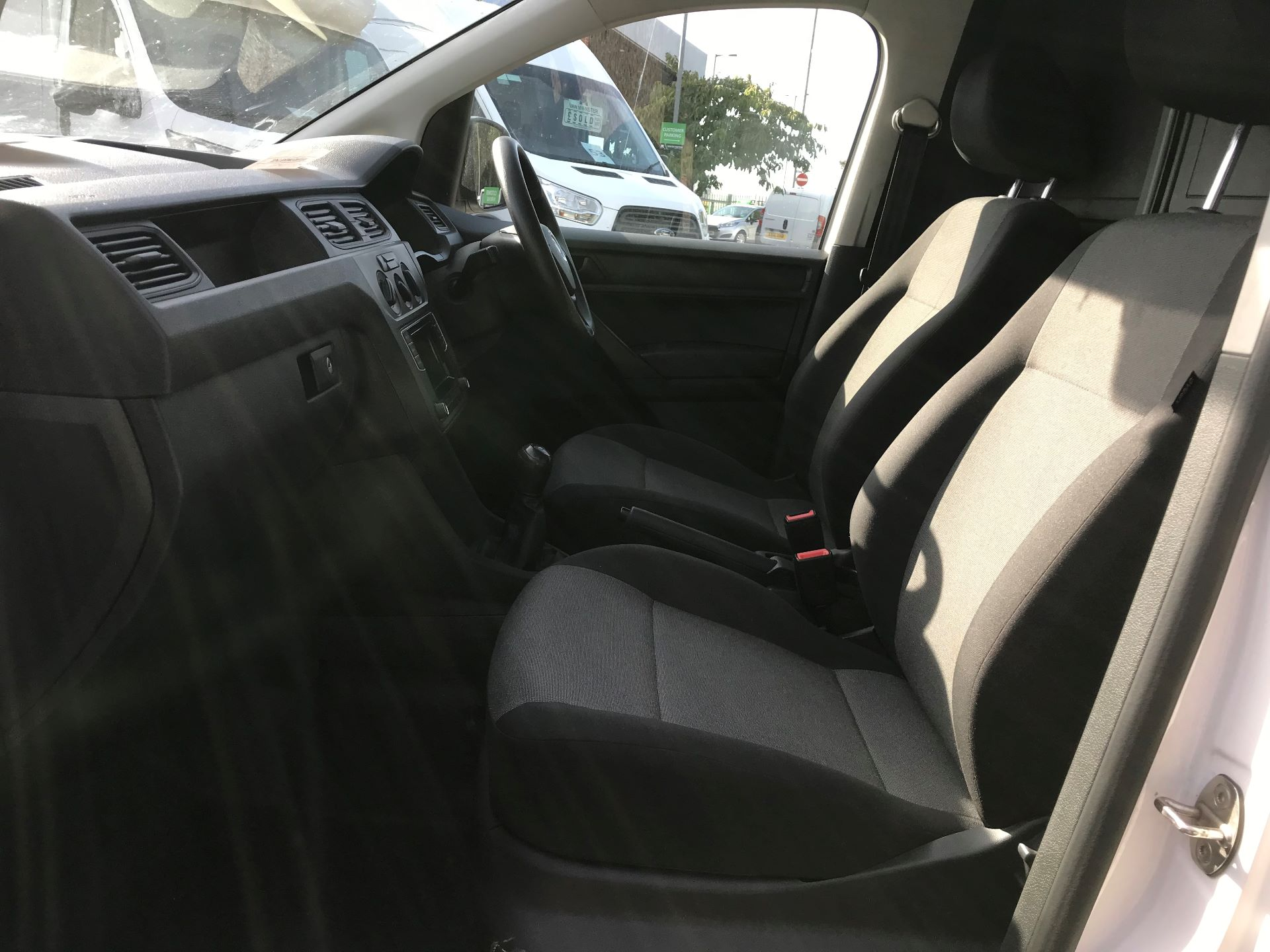 2016 Volkswagen Caddy Maxi  2.0 102PS BLUEMOTION TECH 102 STARTLINE EURO 6 (GM16UZV) Image 18