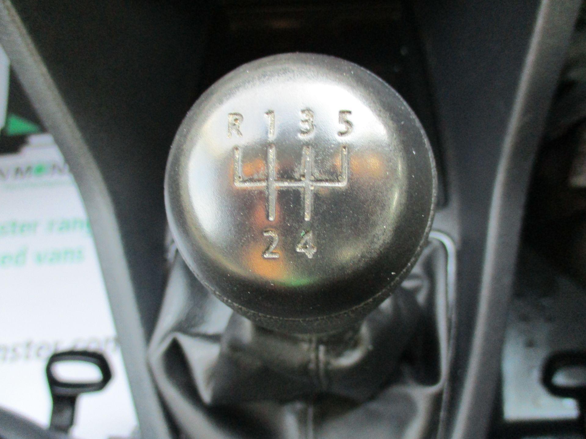 2017 Volkswagen Caddy Maxi 2.0 Tdi Bluemotion Tech 102Ps Startline Van (GM17AUK) Image 15