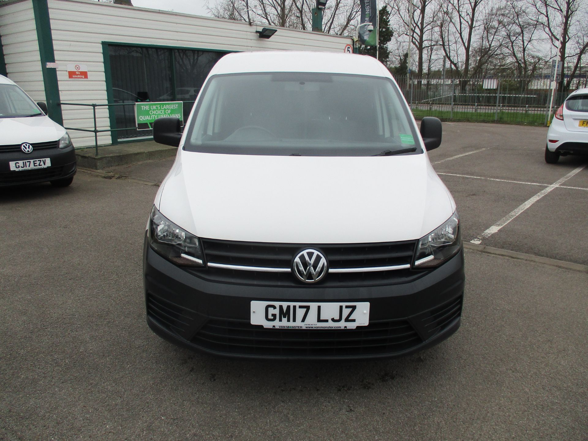 2017 Volkswagen Caddy  2.0 102PS BLUEMOTION TECH 102 STARTLINE EURO 6 (GM17LJZ) Image 2