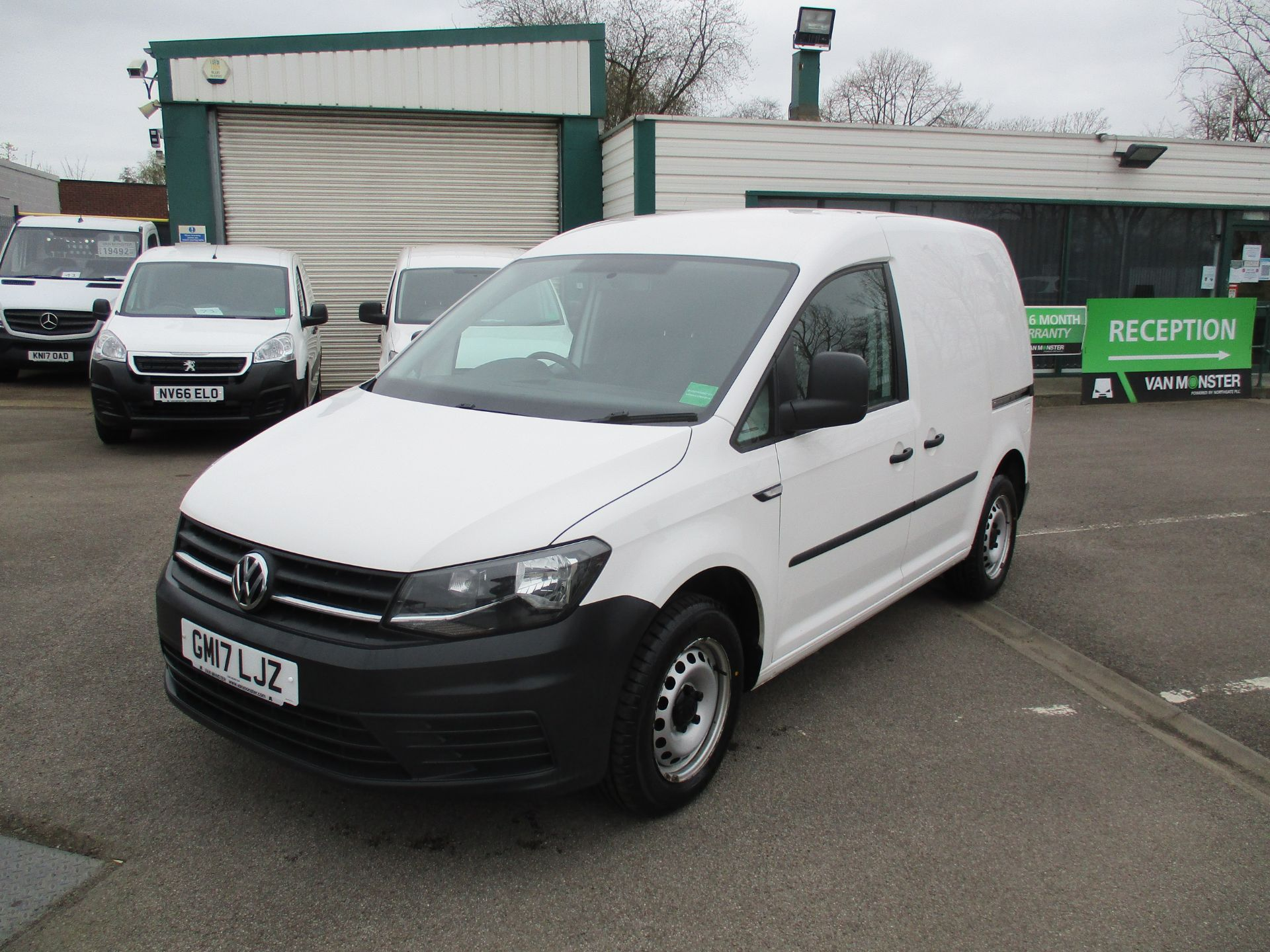 2017 Volkswagen Caddy  2.0 102PS BLUEMOTION TECH 102 STARTLINE EURO 6 (GM17LJZ) Image 3