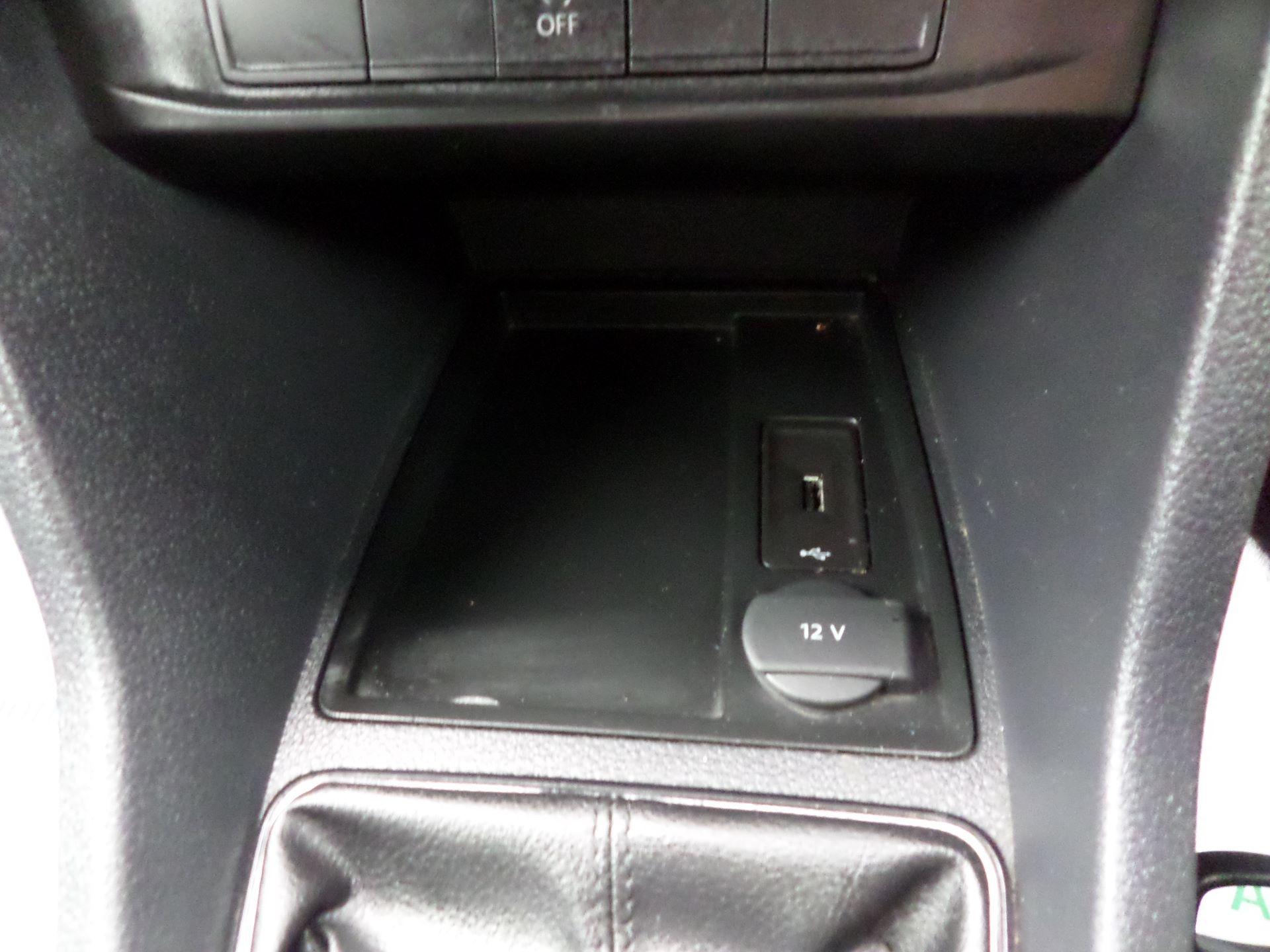 2017 Volkswagen Caddy 2.0 Tdi Bluemotion Tech 102Ps Startline Van Euro 6 (GM17OEP) Image 16