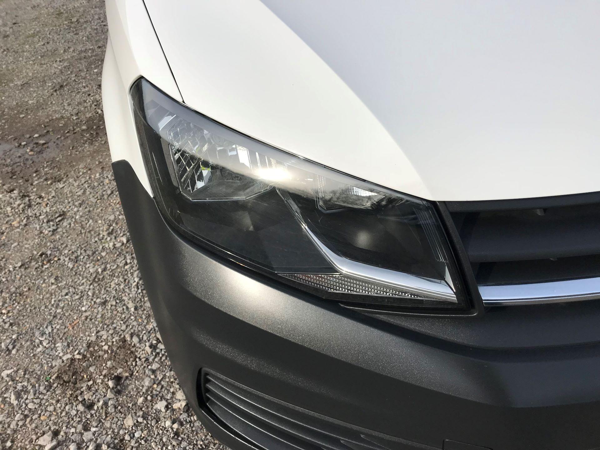 2017 Volkswagen Caddy Maxi  2.0 102PS BLUEMOTION TECH 102 STARTLINE EURO 6 (GM17OFX) Image 18