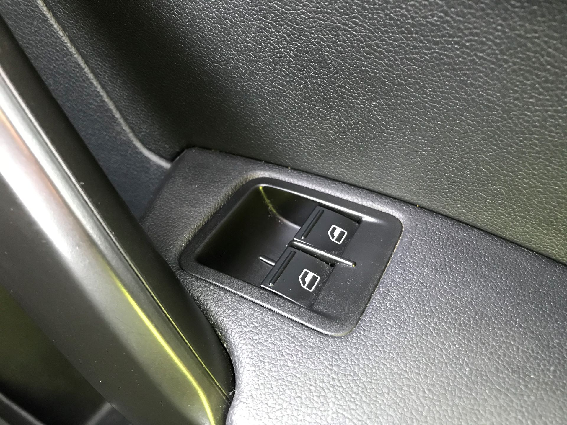 2017 Volkswagen Caddy Maxi  2.0 102PS BLUEMOTION TECH 102 STARTLINE EURO 6 (GM17OFX) Image 30
