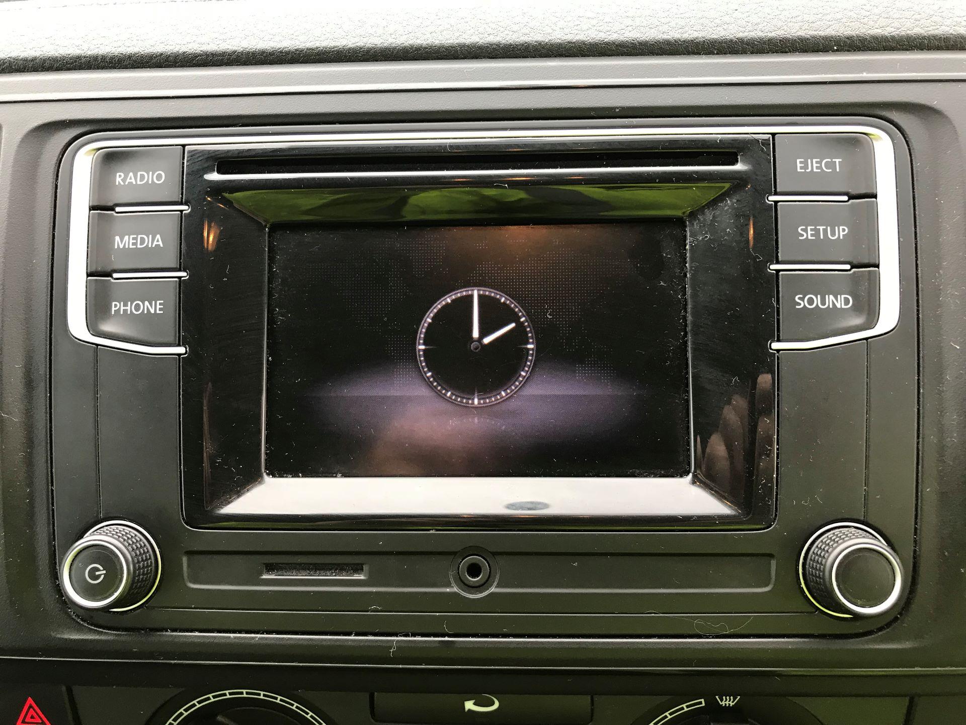 2018 Volkswagen Transporter 2.0 TDI BMT 102 STARTLINE EURO 6 (GM18KWN) Image 18