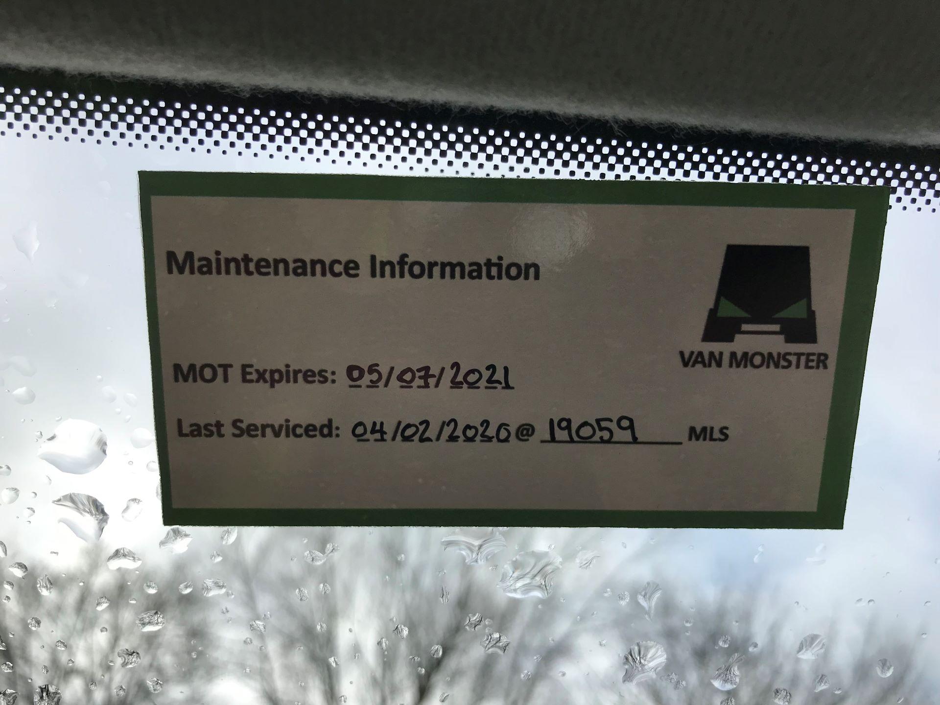 2018 Volkswagen Transporter 2.0 TDI BMT 102 STARTLINE EURO 6 (GM18KWN) Image 22