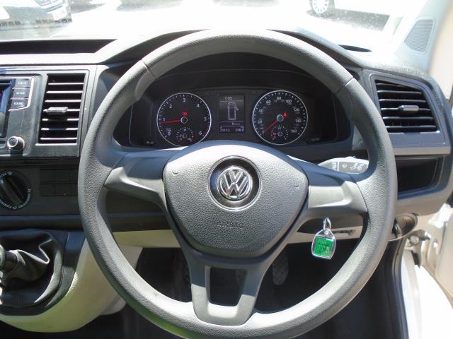 2018 Volkswagen Transporter 2.0 Tdi Bmt 102 Startline Van Euro 6 (GM18KWW) Image 17