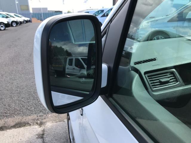 2018 Volkswagen Caddy 2.0TDI BLUEMOTION TECH 102PS TRENDLINE  AIR CON EURO 6 (GM18XDF) Image 27