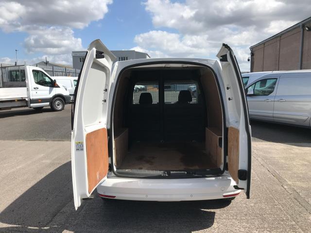 2018 Volkswagen Caddy 2.0TDI BLUEMOTION TECH 102PS TRENDLINE  AIR CON EURO 6 (GM18XDF) Image 19