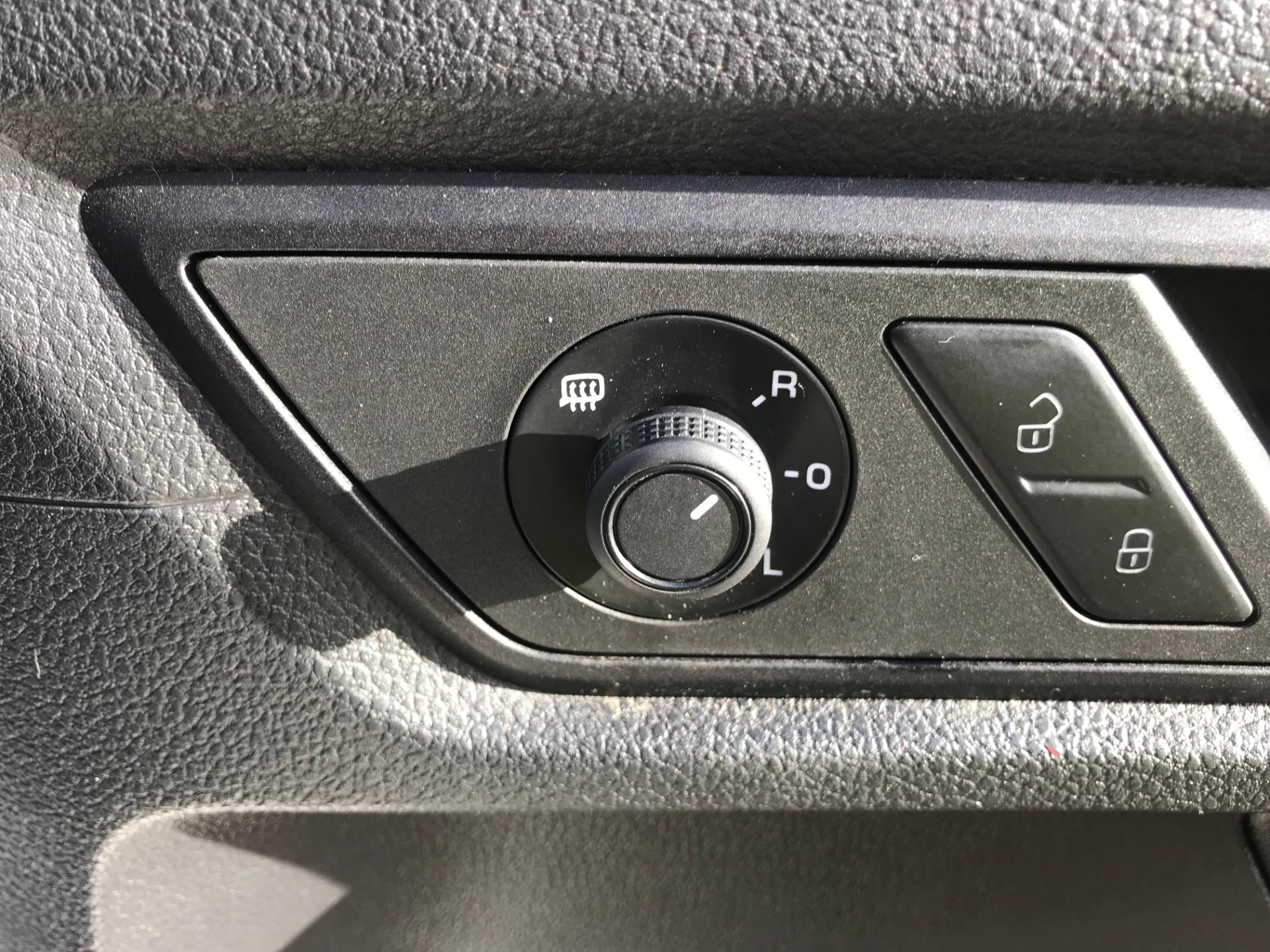 2017 Volkswagen Caddy 2.0 Tdi Bluemotion Tech 102Ps Startline Van (GM66FWU) Image 19