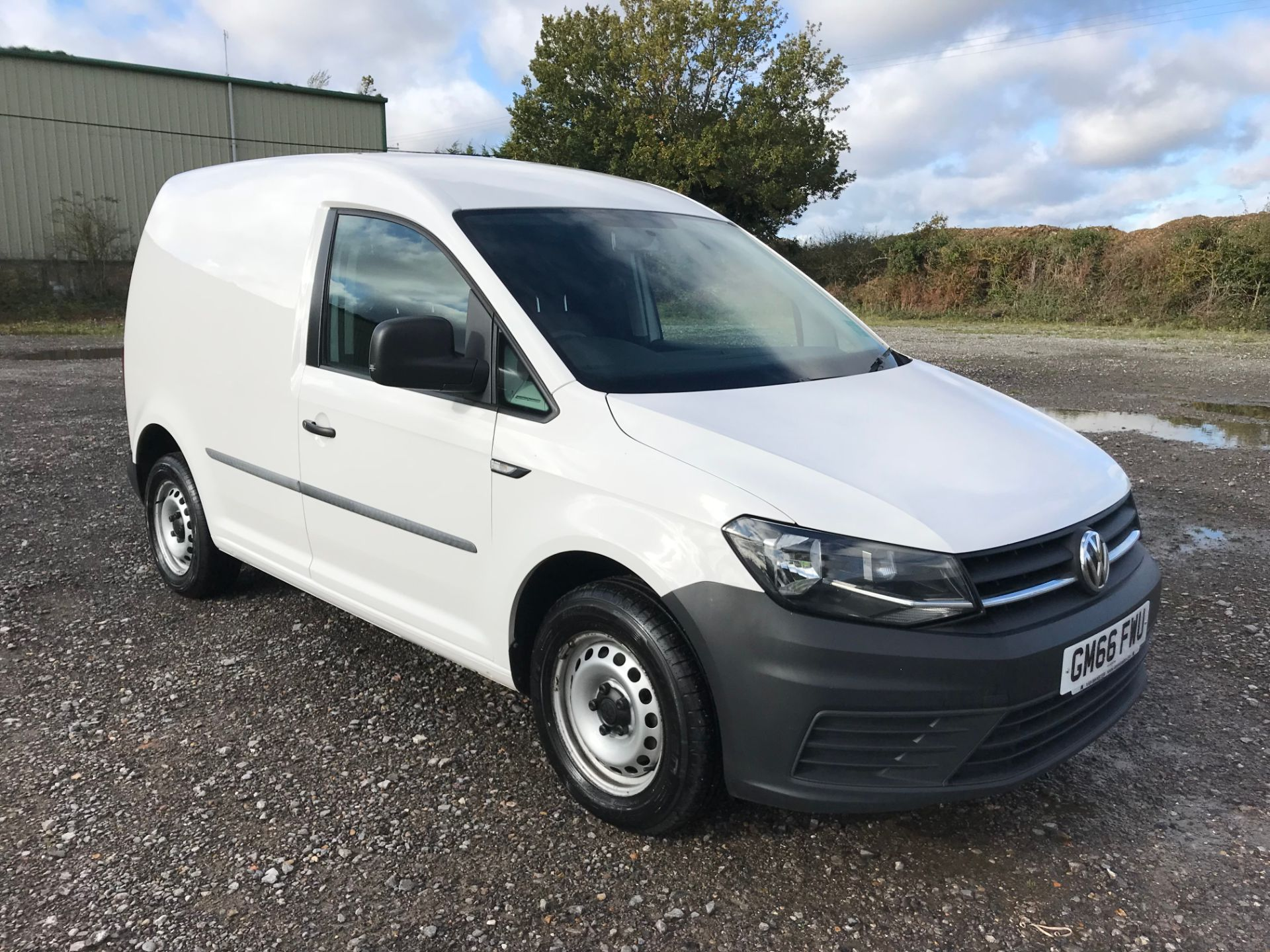 2017 Volkswagen Caddy 2.0 Tdi Bluemotion Tech 102Ps Startline Van (GM66FWU) Thumbnail 1